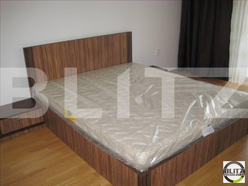 Inchiriere 3 camere, 75 mp, mobilat modern, terasa 21 mp, parcare, zona LIDL