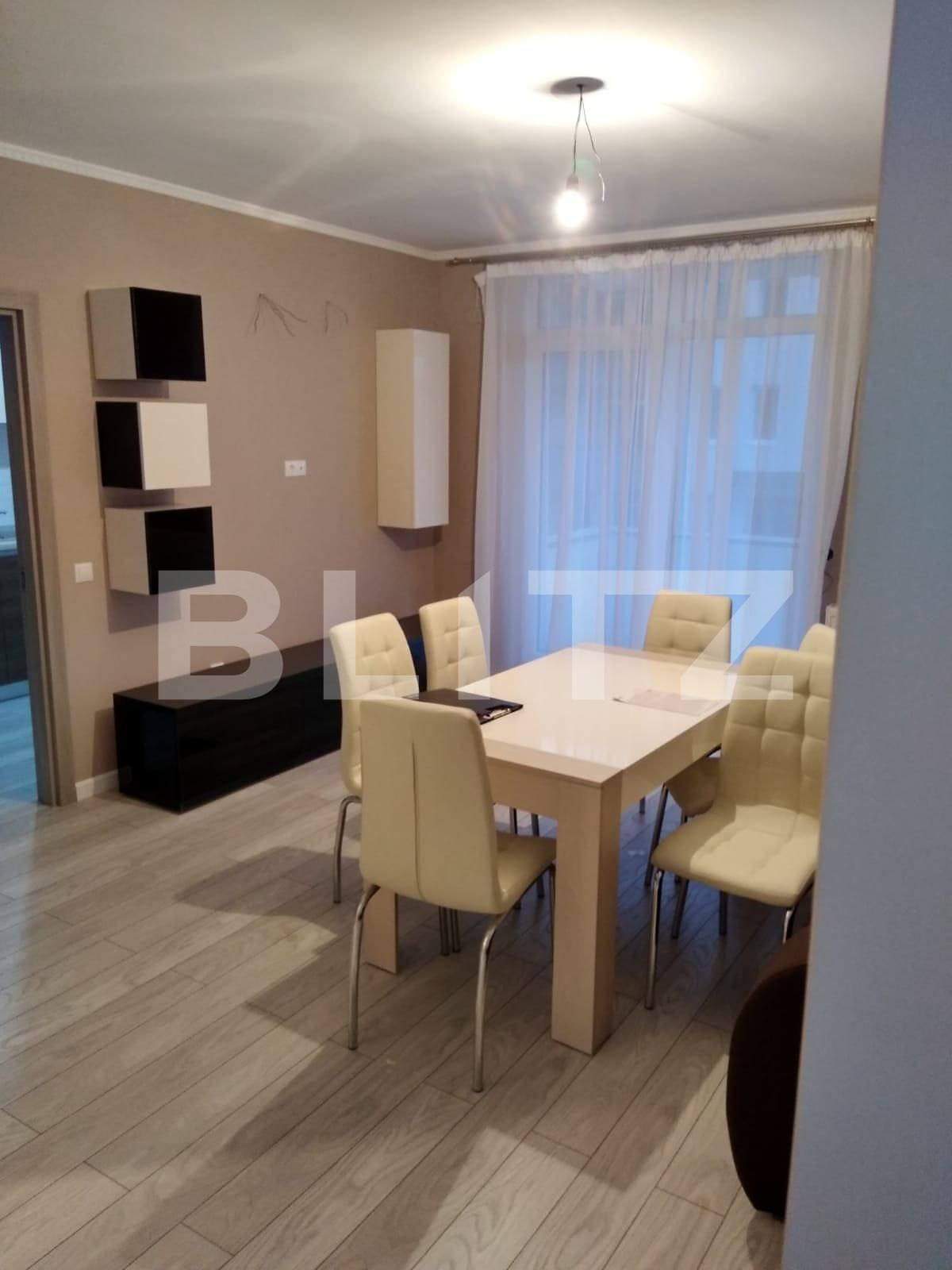 Apartament 3 camere semidecomandat, 71mp, zona Regal, Baciu