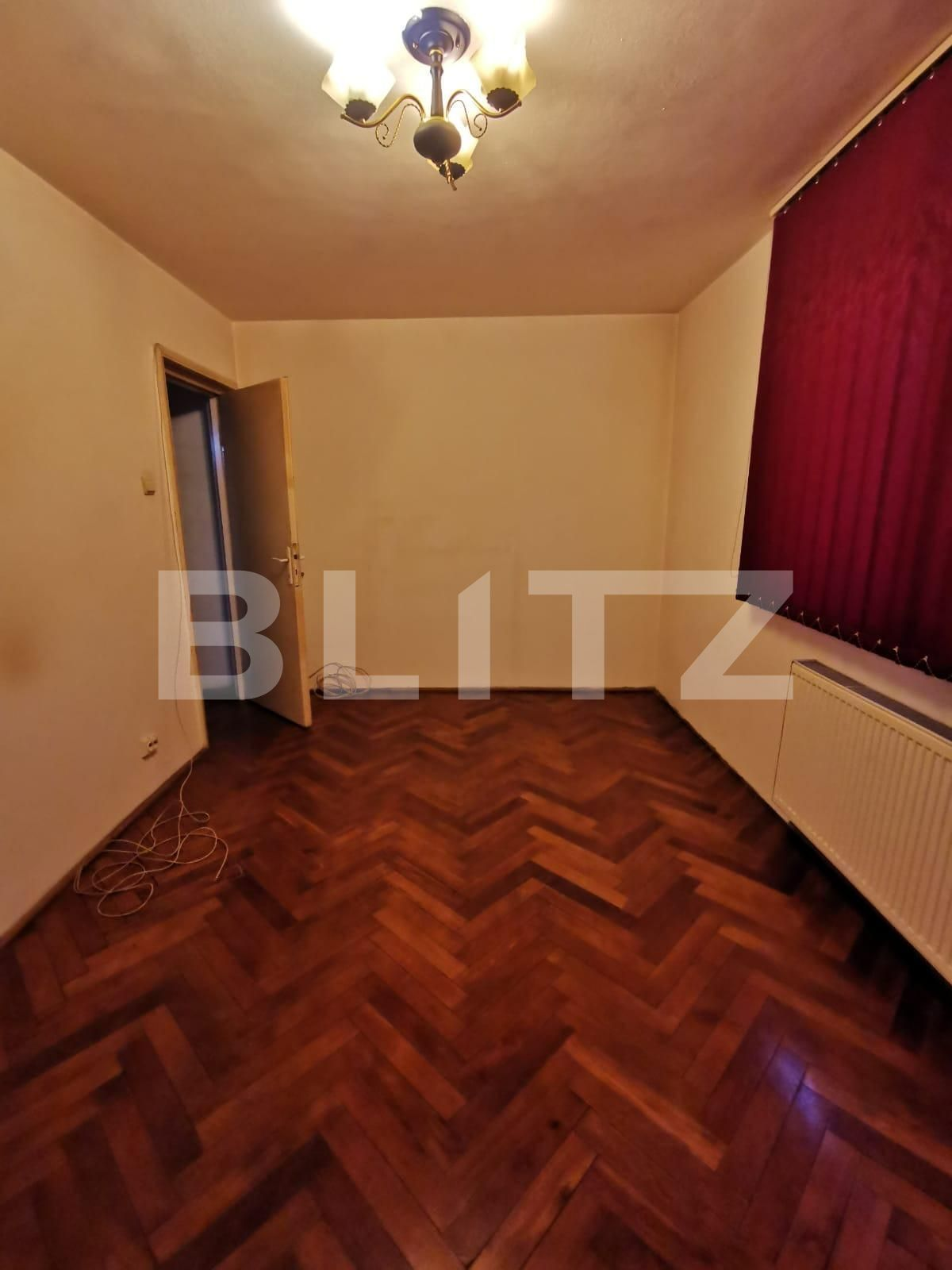 Apartament cu 3 camere, partial mobilat, 70 de mp, pet friendly, zona strazii Brancusi