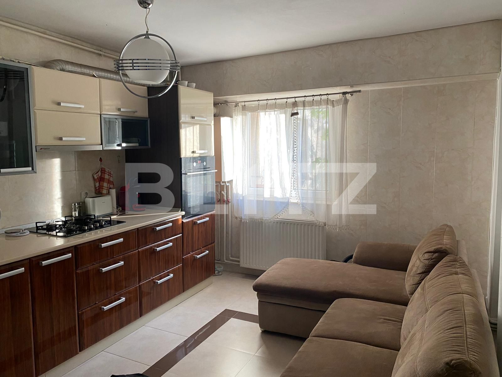 Apartament de 2 camere, decomandate, zona The Office